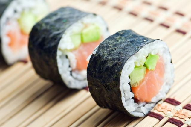 Tips Umur Panjang Dengan Sushi Dan Rumput Laut